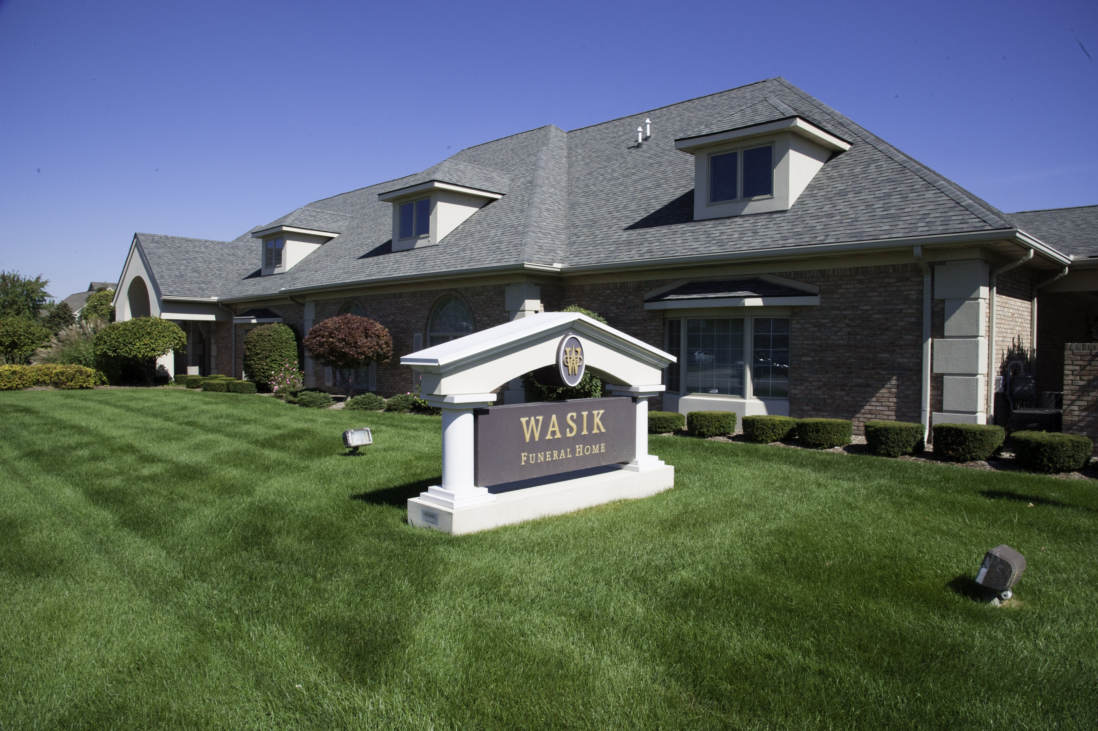 Wasik Funeral Home - Shelby Charter Township, MI