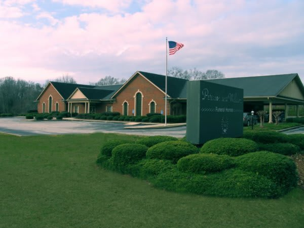 Peterson and Williams Funeral Home - Opelika, AL