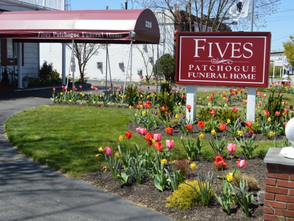 Facilities & Directions | Fives Funeral Homes - Smithtown, NY