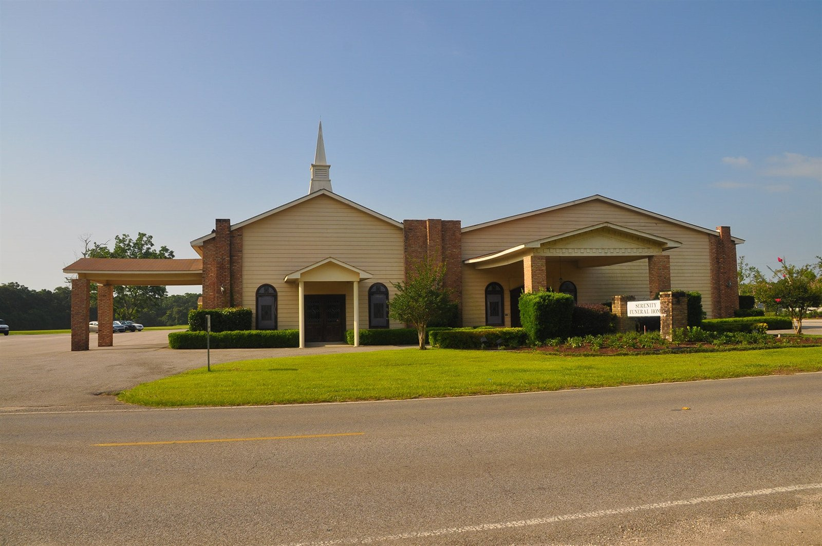 Serenity Funeral Home Is Elegantly Appointed With Comfortable Couches And  Oversized Arm Chairs.