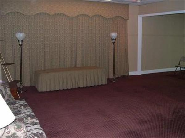 Family Parlor C