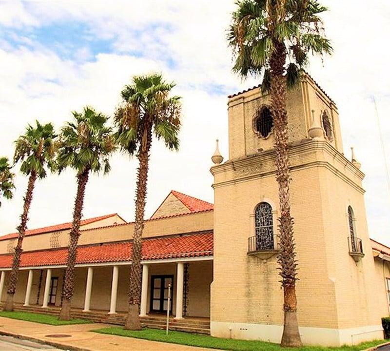 Dellcrest Funeral Home - San Antonio, Texas - Funeral ...