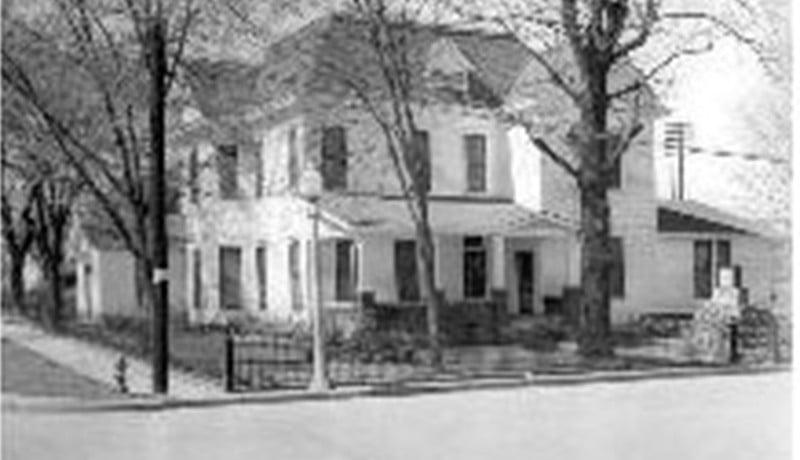 About Us | Harris Funeral Homes, Inc - Morrilton, AR
