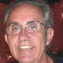 Thomas E Roberts