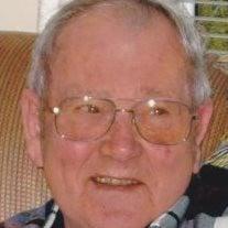 Howard E Richey