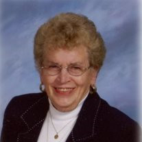 Lois L Ahrenholtz