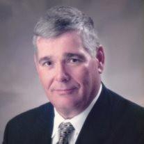 Thomas E Hussey