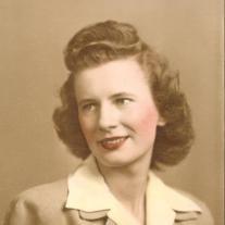 Evelyn (Holthus) Whalen