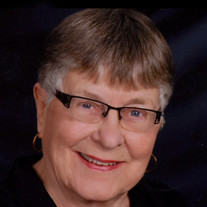 Shirley Thom