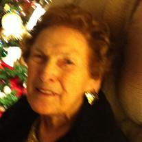Margie M Harris