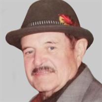 Mr.  Ricardo Novo