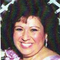 Sylvia  M Hernandez