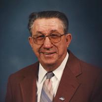 Roy T Davis