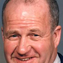 Robert  E. Schrecengost