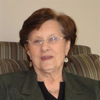 Laura M Davis