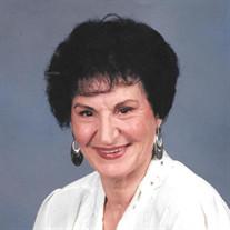 Annie Toth