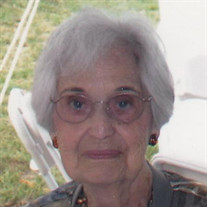 Evelyn Tow