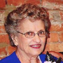 Lorraine  Mae Nooyen