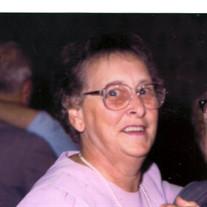 Helen  Carlucci