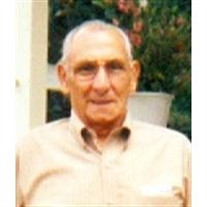 Robert L Montecalvo