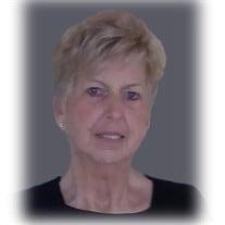 Marcia L Bretey