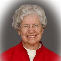 Evelyn  M Bechdolt