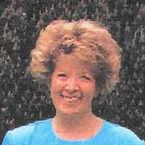 Linda Lee Van Caster