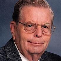 Lloyd Earl Henrichsen