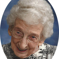 Maxine Tustin