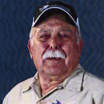 Joe Louis Holguin Sr