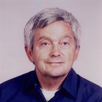 Floyd Nichols (Nick) Houchins