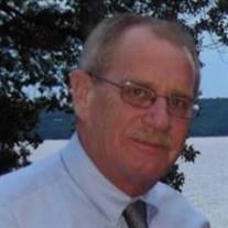 Douglas R Synol