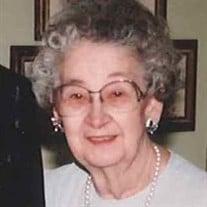 Eva Stoline