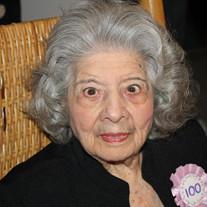 Sadie Leraris