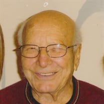 Francis J Perez