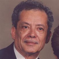 Henry Luevano