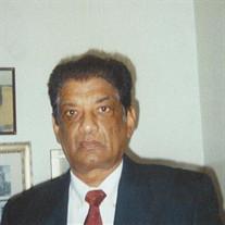 Mr.  Milton M Rose