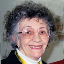 Joan E McLachlan