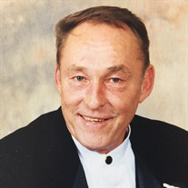 Donald T Grota