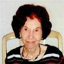 Aretta M Sanders
