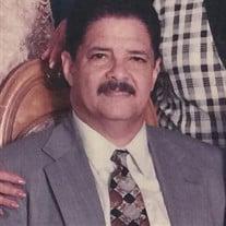 Enrique  Saviñon