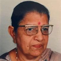Ms Ishwari Jeoomal Manghnani
