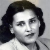 Julia Gil Villareal
