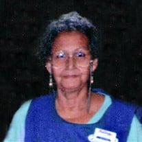 Carmen Enrique Julia