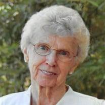 Lorraine  Joyce Peterson