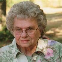 Evelyn E Harris