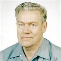 John E Tomschin