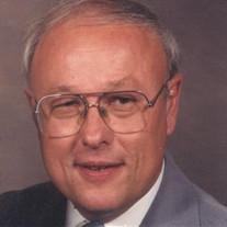 Kenneth T Malewitz