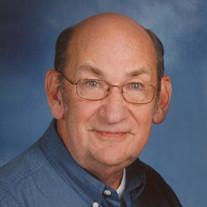 Robert E.  Knapp