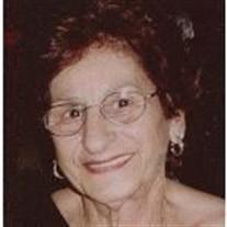 Marian Farrah Petzy